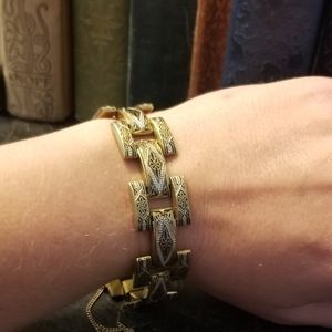Vintage brass embossed link bracelet